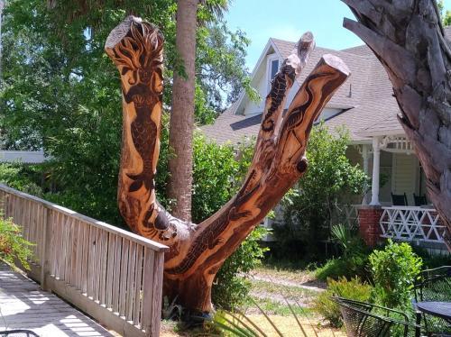 Carved Tree in Cedar Key